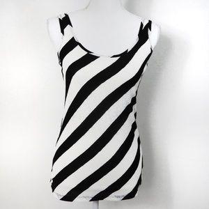 T573 HeartSoul Black White Lace Stripe Tank Small